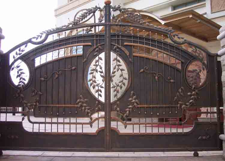 Iron Main Gate Design
