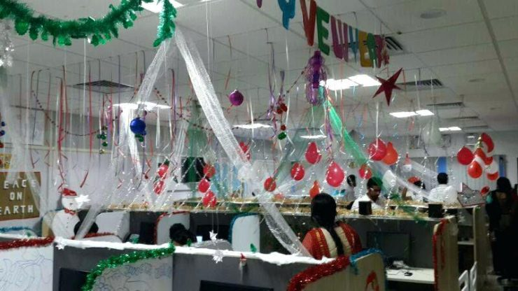 Creative Office Christmas Decoration